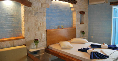 Events and accomodation in Paros